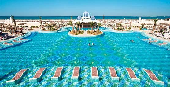 RIU Hotels & Resorts recibe 15 premios de TUI UK y TUI Nordic, cinco de ellos para hoteles españoles