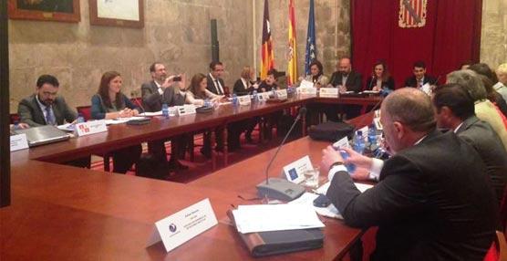 Reunión de la mesa de directores de Turismo.