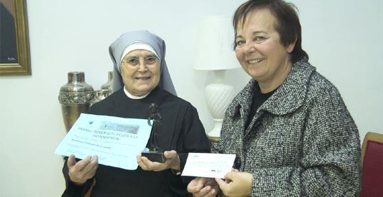 La Oficina de Congresos de Cartagena dona 800 euros del congreso de SEMER a las Hermanitas de los Pobres