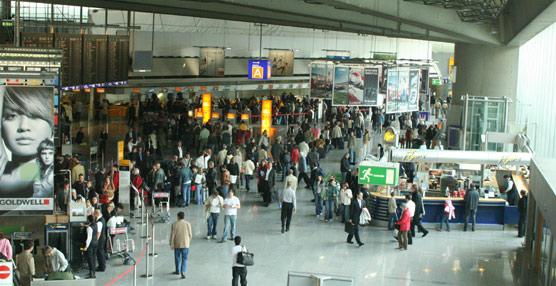 El aumento de pasajeros, el abaratamiento del combustible y los planes de reestructuración, claves de esta mejora.