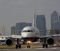 Las aerolíneas ganarán 9.360 millones en 2013 gracias al menor coste del combustible y a los procesos de reestructuración