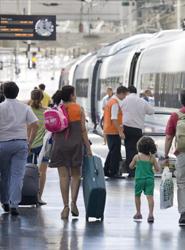 El AVE-Larga Distancia supera los 2,2 millones de viajeros.