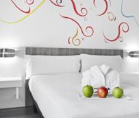 Accor analiza los criterios prioritarios y las expectativas de las mujeres que viajan por negocio a la hora de elegir un hotel