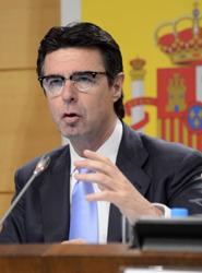 El ministro Soria aboga por 'seguir trabajando codo con codo con el sector privado' en materia de promoción turística