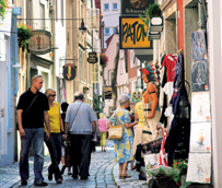 La Unión Europea recibe al 65% de los españoles que viajan al extranjero, pero experimenta un retroceso del 11%