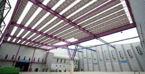 La planta solar del Palacio de Congresos de Málaga evita la emisión de 189 toneladas de CO2 en sus cinco años de funcionamiento