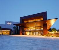 PortAventura Business & Events cuenta con un nuevo incentivo para sus eventos, Kooza, el espectáculo de Cirque du Soleil