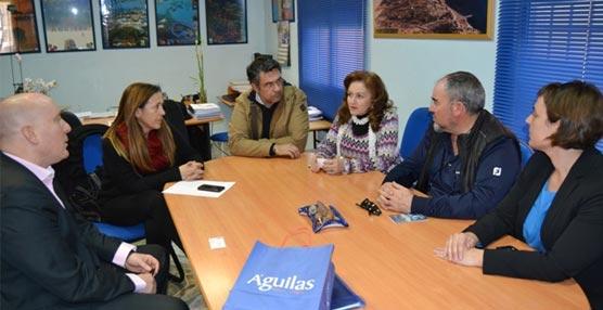 La reunión del representante de Emotions Factory con los responsables turísticos de Águilas.