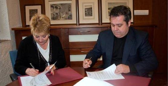 La EIP de Granada y la Universiada de Invierno - Granada 2015 firman un acuerdo de colaboración