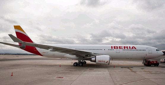 Iberia sella un acuerdo 'histórico' con los pilotos que 'establece los cimientos para un crecimiento rentable'