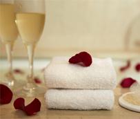 Las escapadas para el fin de semana de San Valentín se disparan en todo el territorio, con una media de gasto de 129 euros