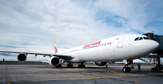 IAG da un vuelco a sus resultados y gana 151 millones de euros gracias a la compra de Vueling y a la reestructuración de Iberia