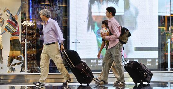 Los pagos de los españoles para viajar al extranjero encadenan yanueve meses de subidas, creciendo un 14% durante enero