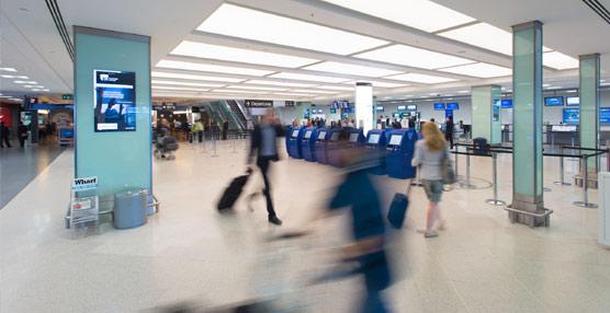 El tráfico de pasajeros aéreos crece por encima del 5% en febrero gracias a la mejora de las economías avanzadas