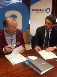 Ashotel y la aecc firman un convenio marco de colaboración para impulsar acciones solidarias y de concienciación social