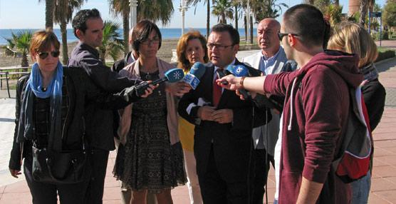 El PSOE de Málaga se lanza a la calle para pedir la creación de un IVA específico para el Turismo del 8%