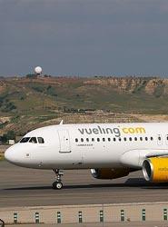 Vueling y Telefónica acuerdan llevar Wi-Fi de alta velocidad por satélite a los aviones