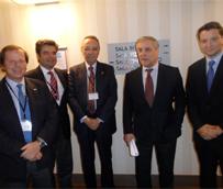 Una delegación de hoteleros españoles se reúne con Tajani para solicitar mejoras en la emisión de visados