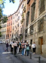 Los españoles cuentan con un presupuesto de 2.090 euros para las vacaciones de 2014, según Skyscanner