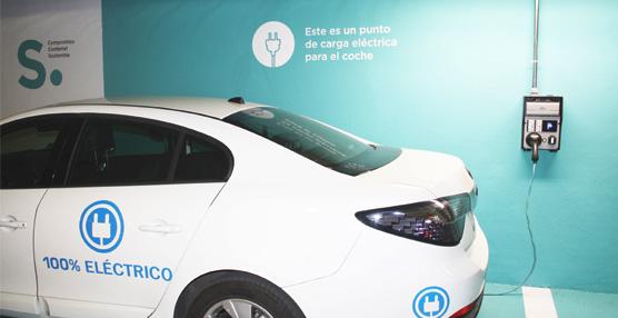 Confortel Hoteles estrena punto de recarga para vehículos eléctricos en el parking del hotel Atrium de Madrid