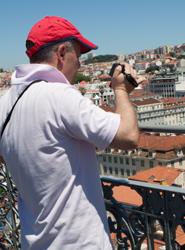 Los españoles aumentarán su gasto en viajes y optarán en mayor medida por destinos extranjeros este año