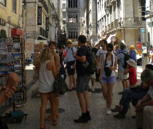 Los pagos de los españoles para viajar al extranjero suman diez meses de subidas, creciendo un 12% en febrero