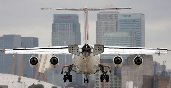 IATA reclama a los gobiernos que 'traten la aviación como un aliado y no como un blanco fácil para la aplicación de impuestos'