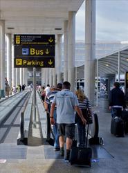 Los españoles gastaron 240 millones de euros en cancelar sus viajes de verano en 2013, según InterMundial