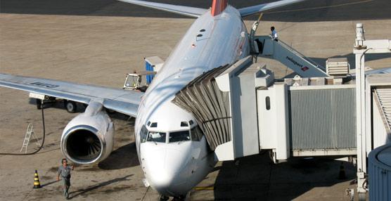 España es uno de los Estados miembros menos transparente a la hora de aplicar las tasas aeroportuarias, según Bruselas