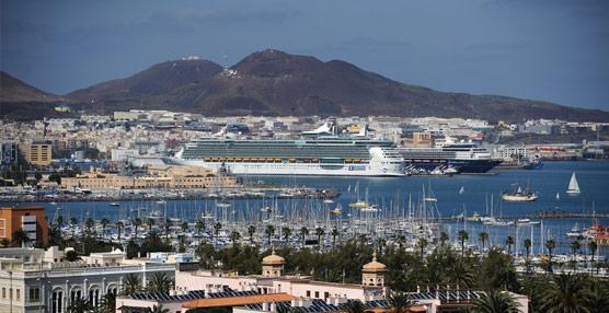 Las patronales canarias recuerdan a Soria que la representación de los hoteles en las Islas corresponde a las asociaciones