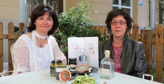 Yamila Tawfik e Isabel Galiano durante el encuentro.