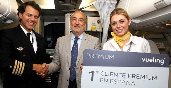 Vueling presenta la tarjeta Premium, que gratifica a sus clientes más frecuentes, pensada en los viajeros de negocio