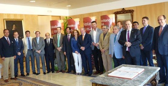 La Diputación de Sevilla aportará más de 100.000 euros para la promoción del turismo de la provincia, incluido el MICE