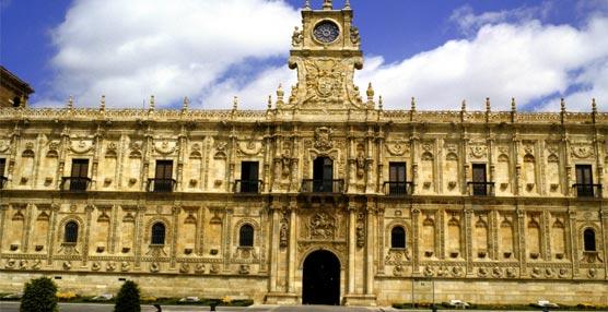 Se restaura la fachada del 'Conjunto San Marcos' de León gracias a un convenio con American Express