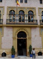 El Ayuntamiento de Águilas convoca 14 becas en dependencias municipales, muchas de ellas para el turismo