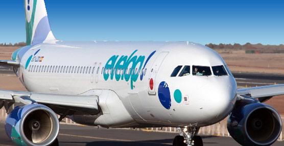 Evelop se transforma en compañía aérea regular seis meses después de su lanzamiento y da el salto a la venta a través de Internet