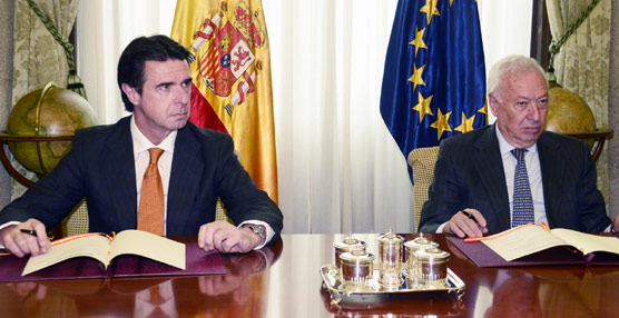 Los ministros de Industria, Energía y Turismo, José Manuel Soria, y de Exteriores, José Manuel García-Margallo.