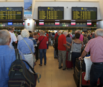España superará en 2014 los 63 millones de turistas extranjeros, un 5% más que en 2013, según previsiones de la UAB