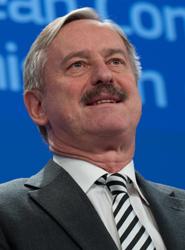 Bruselas insta a 18 Estados miembros, entre ellos España, a 'dar un paso decisivo' hacia la gestión del espacio aéreo común