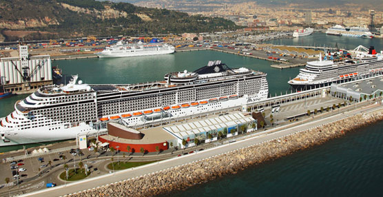 El Turismo de cruceros cae en mayo por segundo mes consecutivo, contabilizándose 124.000 pasajeros menos que en 2013