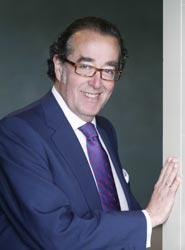 Enrique Pena dirige Palexco.