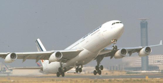 Los ingresos por servicios complementarios de las aerolíneas ascienden a 23.293 millones en 2013, un 1.200% más que en 2007