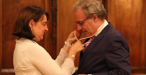 Barcelona entrega la Medalla de Oro al Mérito Cívico al profesor Domènec Biosca por su trayectoria profesional