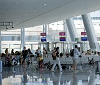 Los pagos de los españoles para viajar al extranjero se estancan en mayo después de 12 meses de subidas