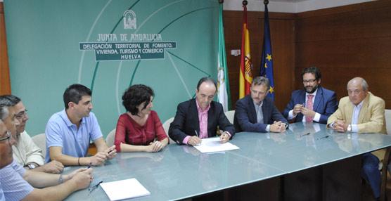 Se firma el convenio del sector turístico de Huelva, que evita la huelga prevista para los principales días de agosto