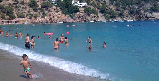 Sólo el 35% de las playas españolas refuerza su seguridad con socorristas y banderas de señalización