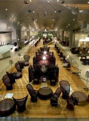 El Aeropuerto Internacional de Hamad, en Doha, presenta la exclusiva sala VIP Al Mourjan de Qatar Airways