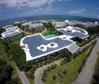 La cubierta del Grand Palladium Lady Hamilton alberga la mayor planta de energía solar fotovoltaica de Jamaica