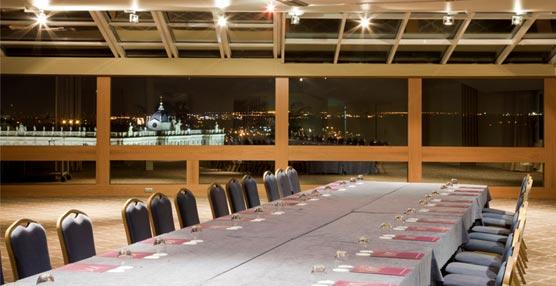 Una de las salas de reuniones del Hotel Mercure Madrid Santo Domingo.