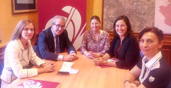 La Fundación Huesca Congresos incorpora como miembro asociado al Heraldo de Aragón
